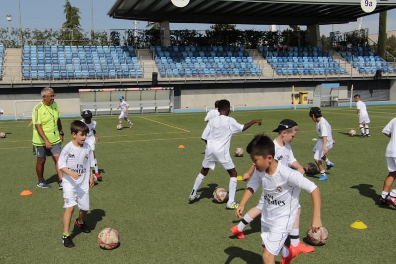 Treningi na obozie piłkarskim w Madrycie