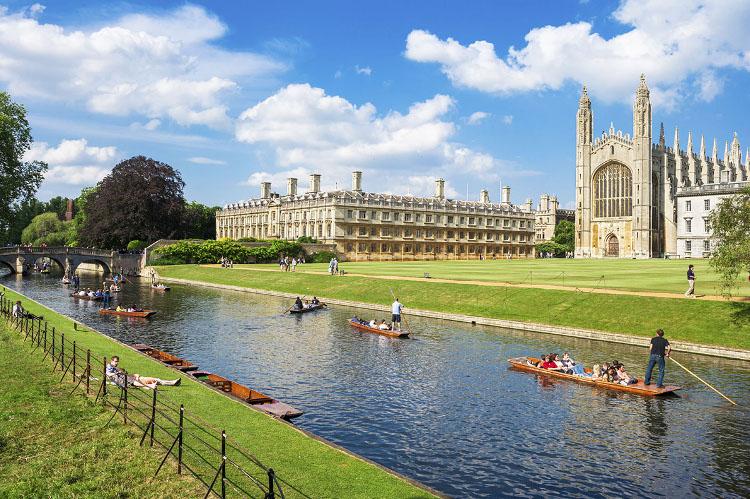 Obozy językowe dla młodzieży Cambridge Anglia