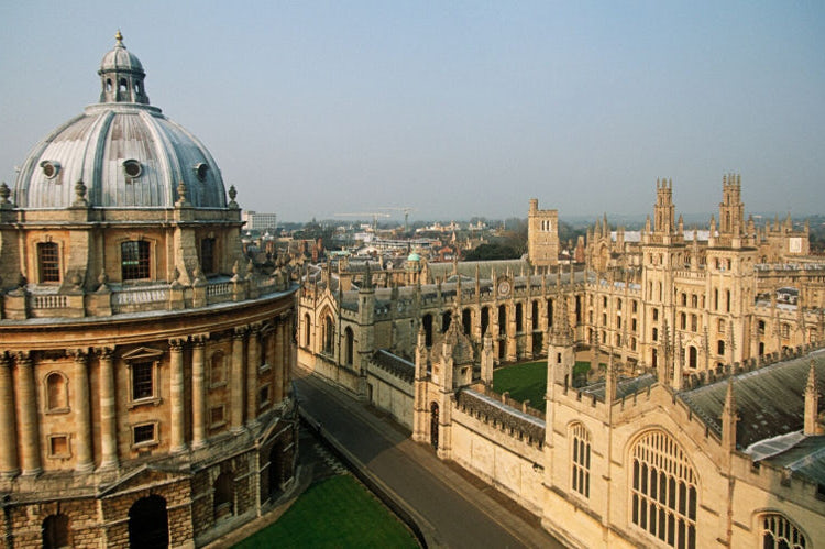 Obozy językowe dla młodzieży i kursy angielskiego dla dorosłych Oxford Anglia