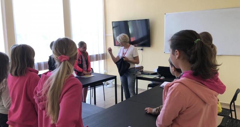 Zajęcia językowe na kolonii językowej w Sarbinowie