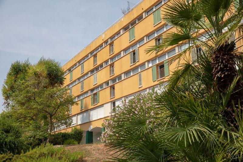 Zakwaterowanie w internacie na obozie językowym IH w Nicei we Francji