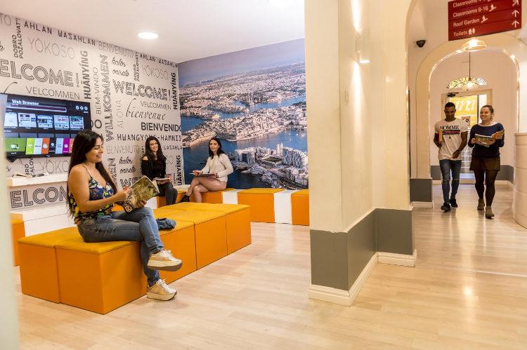 Szkoła językowa am Language Studio w Sliemie na Malcie